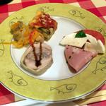 ナポリの下町食堂 - 季節の前菜盛合せ