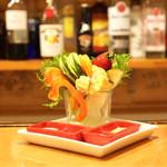立呑み ほるもんBar おかだ - ☆スティックサラダ 750円