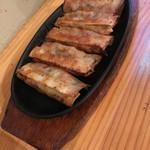 媽媽厨房 - 料理写真:鉄鍋餃子