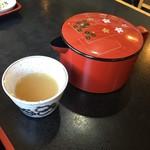松葉屋 そば店 - 蕎麦湯