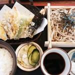 一休そば  - 料理写真:一休定食 1,080円