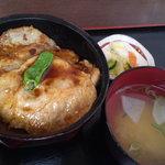ドジャース前食堂 - 豚生姜焼き丼480円