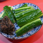 玉龍 - 塩谷町、おかみ手作り胡瓜。