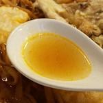 72132083 - 初めは澄んだ鰹出汁スープ美味。
