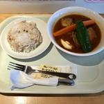 カレーワールド - 料理写真:チキンスープカレー、780円です。