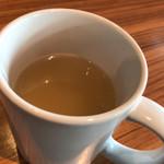 ディヴァージュサイドカフェ - 無料の野菜スープ
