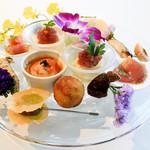 ウトコ オーベルジュ&スパ -  鰹のアンティパスト・ミスト 皿鉢料理スタイル