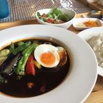 ハッピー食堂 - スープカレーかなり辛い!