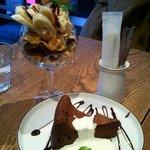 リード カフェ - しっとりガトーショコラと、バナナのパルフェ