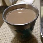 南インド家庭料理 カルナータカー - チャイお代わり出来たよ