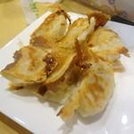 苗老太 - 焼餃子6個