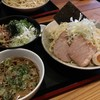 実咲庵 - 料理写真:油かすつけ麺大盛(お得っぴんぐ!)&チャーシュー丼 2017-0804