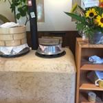 日和食堂 - 野菜を蒸したり、ご飯を炊いてくれる窯