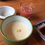 日和食堂 - 手作り豆腐と食前のジュース