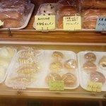 ミッケ - 菓子パン