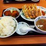 7215388 - ダブル餃子定食