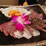 壱岐の鮮魚と雲丹しゃぶのお店 博多いきや - うには後乗せで食べる。