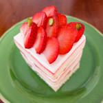 御影高杉 - 苺のショートケーキ 627円