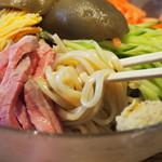 ラーメン 巌哲 - 麺アップ