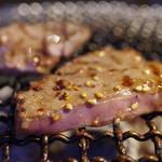 焼肉ひび屋 - 米沢牛赤身