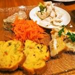 シャンパン食堂 - 前菜の盛り合わせ5種