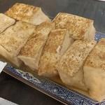 御成食堂 - 濃厚焼き豆腐煮込み  400円