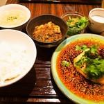 中華旬彩 森本 - 森本名物 よだれ鶏ランチ & ミニ麻婆豆腐
