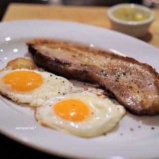 ビスポーク - 料理写真:料理通信のベーコン・エッグ