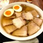 喜多方ラーメン坂内 - 叉焼ラーメン+味付け玉子(940円+120円)