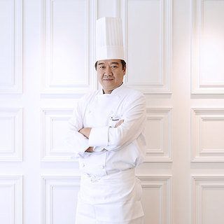 「その日のためだけ」の料理を提案する、高橋浩史シェフ