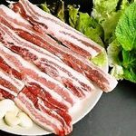 韓国家庭料理 済州 - 厚切りサムギョプサルセット(豚バラ肉)
