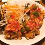 熟成肉居酒屋 BOND 108 - 鶏の唐揚げ 〜彩り野菜のサルサソース〜
