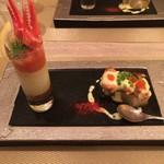 お箸で食べる和フレンチ 波波 - アボカドのムース ガズパチョのアクセント ムール貝と冬瓜の酒蒸し