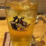 がブリチキン。 - 緑茶ハイ(男前がぶ飲みジョッキ+200円)600円