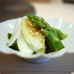 代官山 鮨 たけうち - 冷菜(アスパラお浸し)