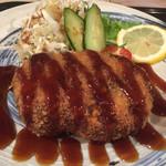 料理酒房勝 - メンチカツ  880円