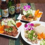 Asian kitchen LUNA - メイン写真: