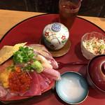 天磨 - 『大将の海鮮丼』1800円 真上から