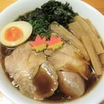ラーメンくらわんか - 料理写真:8月30日(水)より『かき醤油ラーメン』850円を販売します。かき醤油は広島県では有名です。牡蠣から旨みエキスを抽出してブレンドした醤油です。これを醤油タレに使いました。芳醇な瀬戸内風味の秋味ラーメンです。よろしくお願いいたします。 ※9月より、通常どおり火曜日は営業させていただきます。