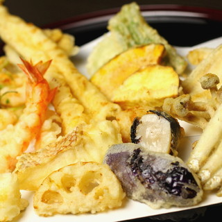 椿油100%使用!美容と健康力の高い「金ぷら」をご提供。