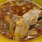 つけ麺 海鳴 - 具は、チャーシュー・ネギ・角切りメンマ・山くらげ。