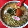 赤湯ラーメン 龍上海 - 料理写真:赤湯からみそラーメン 大盛り(930円)