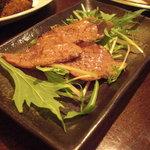 びすとろ 平 - 仙台牛の牛トロ炙り焼。