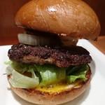 72193968 - 「別格」信州ジビエ ザ★鹿肉バーガー 720円(税込)