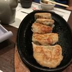 相州長屋 - お店おすすめの餃子