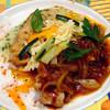 ビストロ アオキ - 料理写真:この日のコンビネーションランチ(チキンソテー&サーモンソテー)