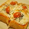 JUHA - 料理写真:ピザトースト(2013/11)