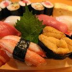光寿司 - 料理写真:やっぱり美味い特上にぎり