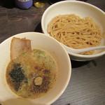 麺屋銀星 池袋 - 濃厚煮干しつけ麺 800円