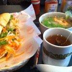 Pacific Sandwich Place - フォーとバインミーのセット